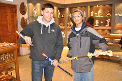 Daro and Marcelo checking out the hand-crafted swords at Artensania de Toledo in Spain.